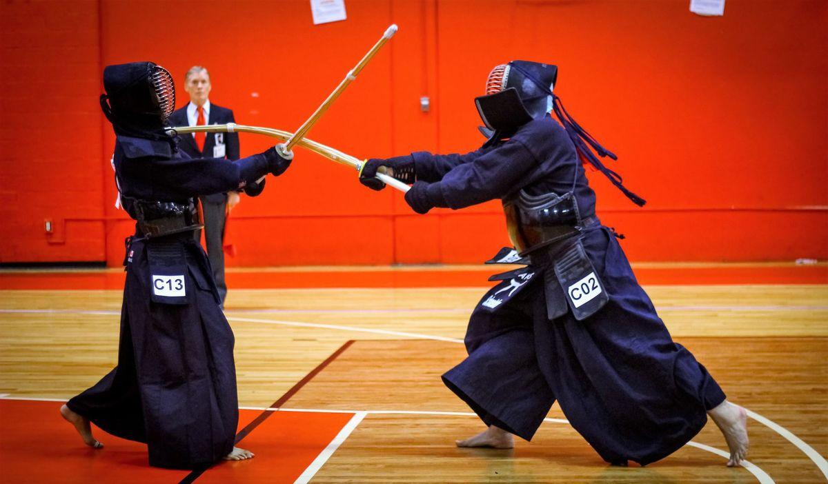 Karate: golpes circulares, uchi waza 58456cd3b5ad7.image_