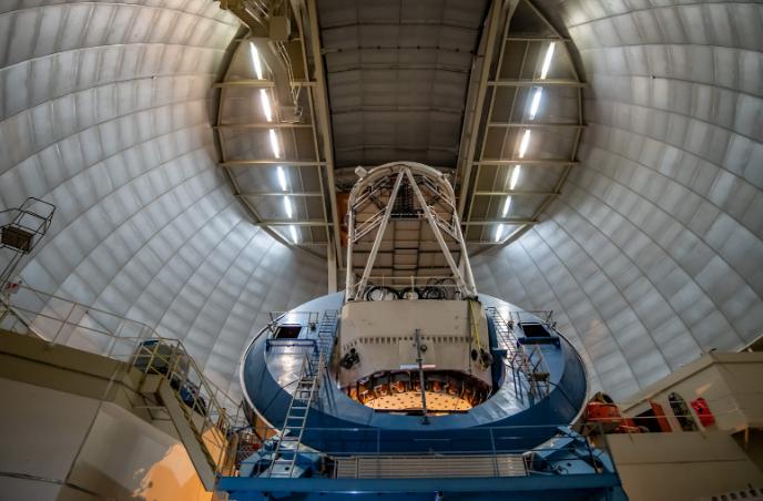 Dark+energy+telescopes